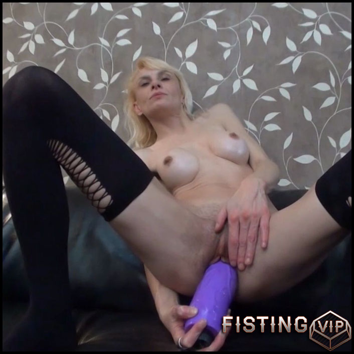 BrutalDildos - RAQUEL - Full HD-1080p, Giant Dildo, Toys, Solo, anal and vaginal fisting (Release April 22, 2017)1