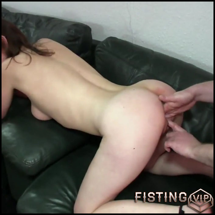 Los stuffing my fist in the hole - Full HD-1080p, Oral Sex, All Sex, Anal Sex, Fisting (Release April 20, 2017)