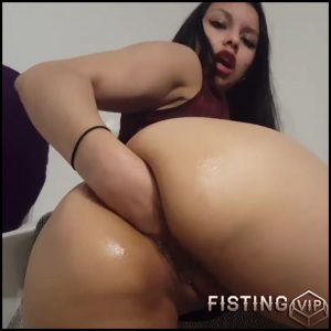 MY FIRST FISTING – with venus 16 – Full HD-1080p, Fisting, Masturbation, Solo (Release April 20, 2017)