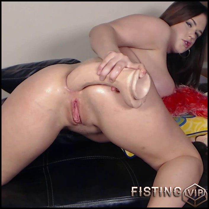 New Roxy Webcam Fisting Ass And Big Toys - Full HD-1080p, Giant Dildo, Toys, Solo, Fisting, AnalFisting (Release April 25, 2017)