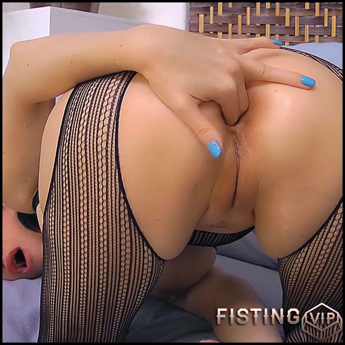 POV Fingering My Butthole - HD-720p, Anal, Toys, Masturbation, Fisting (Release April 13, 2017)