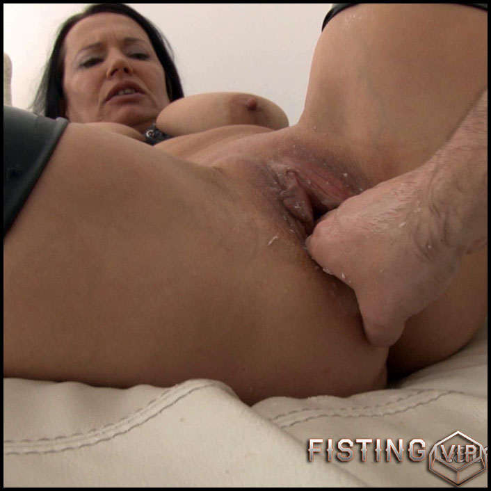 Pump and dildo - Full HD-1080p, long dildo, Dildo, Fisting (Release April 28, 2017)