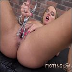 SOFI GOLDFINGER – Full HD-1080p, Speculum, Dildo, Fisting (Release April 13, 2017)