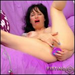 Squirting Anal: Fingers & Dildo – HD-720p, Solo, Anal, Toys, Masturbation (Release April 30, 2017)