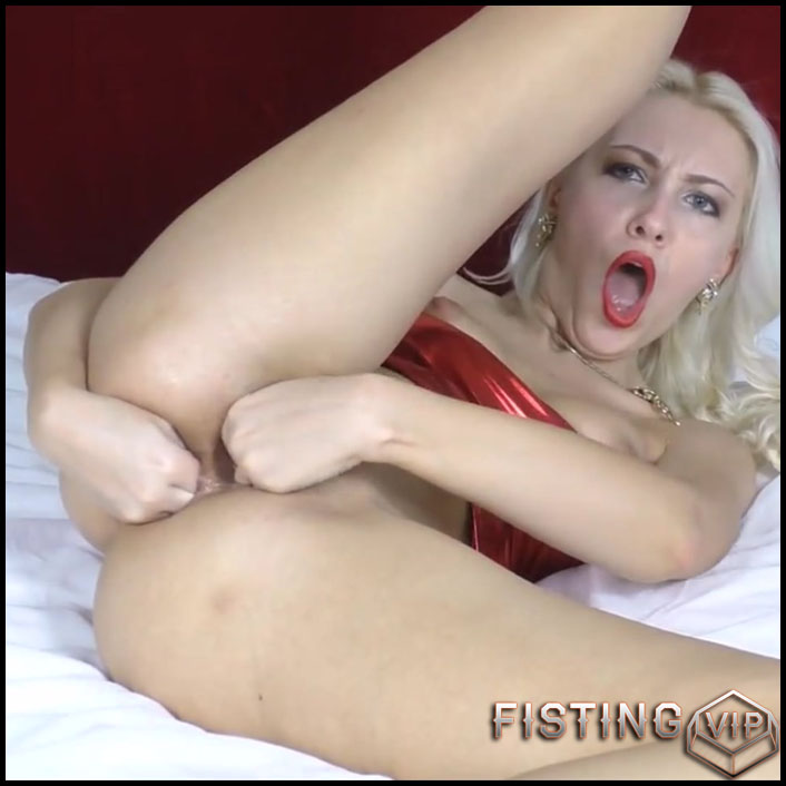 Double fisting Vaginal and Anal - Full HD-1080p, Solo, anal fisting (Release May 13, 2017)1
