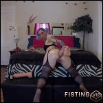 Fisting and toying – Badlittlegrrl – Full HD-1080p, extreme fisting, webcam, Toys (Release May 18, 2017)