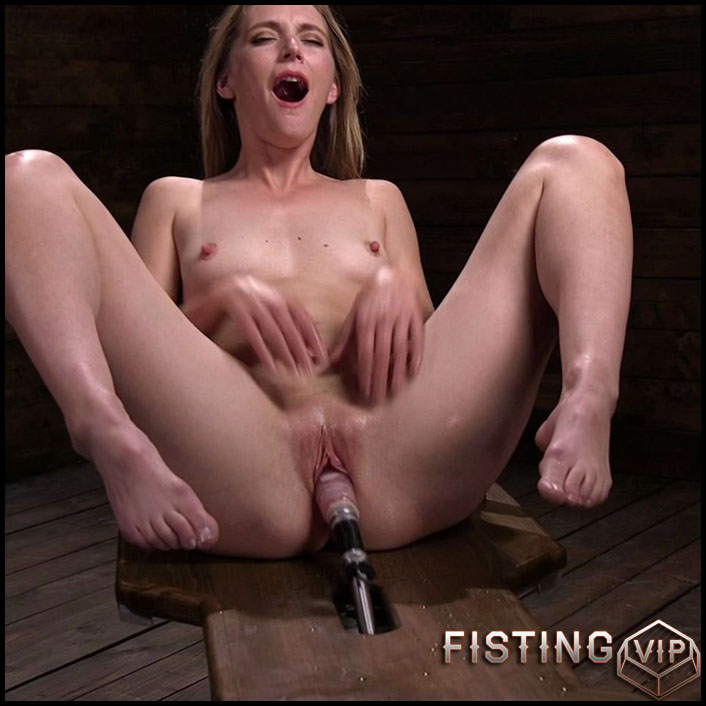 Fucking Machine Squirt-a-thon with Mona Wales - HD-720p, Sex Machine, Vibrator, AnalToys (Release May 29, 2017)