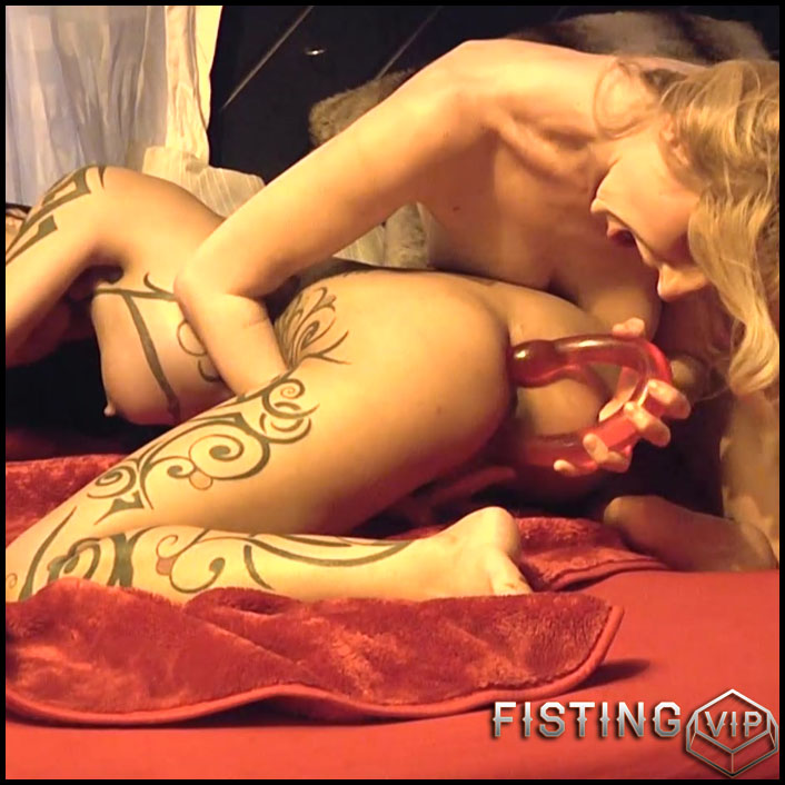 Housekeeping - Full HD-1080p, hardcore fisting, lesbian fisting (Release May 20, 2017)