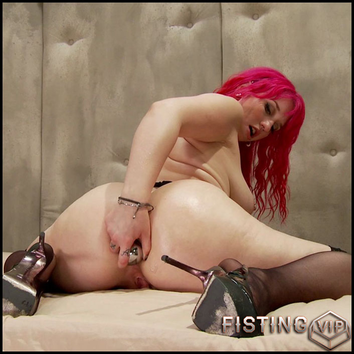 Message in a Butthole. Proxy Paige gets Stretched like Never before - HD-720p, Biggest Dildo, lesbian anal fisting (Release May 19, 2017)