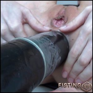 SexyRia – Schwarzer GIGANT! Absolute Belastungsgrenze – Full HD-1080p, huge dildo, extreme fisting (Release May 16, 2017)
