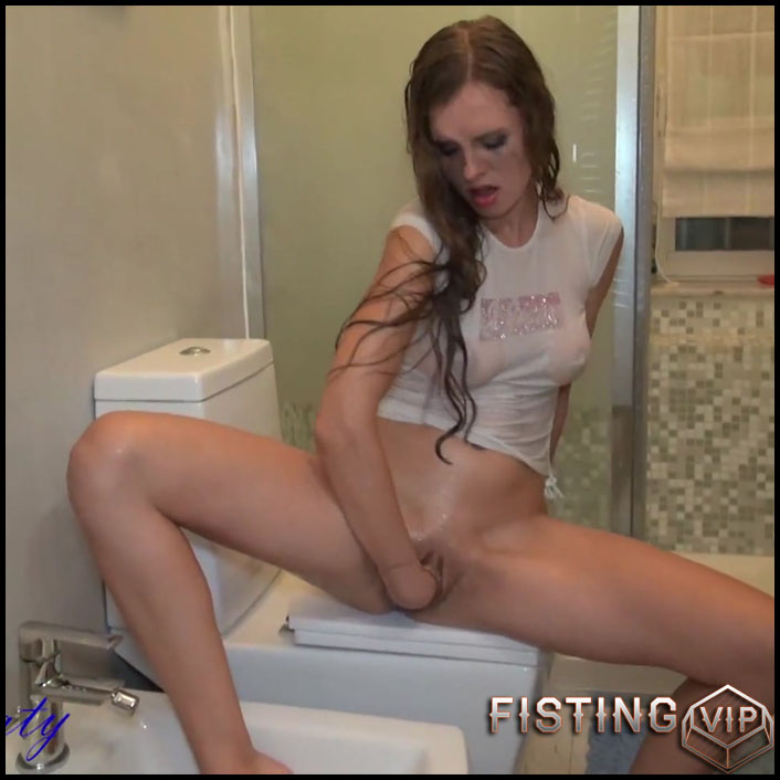 Wetlook Fisting - Full HD-1080p, Toys, Fisting, Masturbation (Release May 14, 2017)