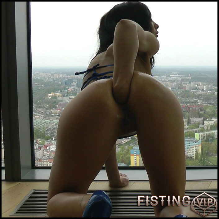 Hotkinkyjo – Self fisting in Hightower - Full HD-1080p, anal prolapse, gape ass, prolapse ass, solo fisting (Release June 16, 2017)