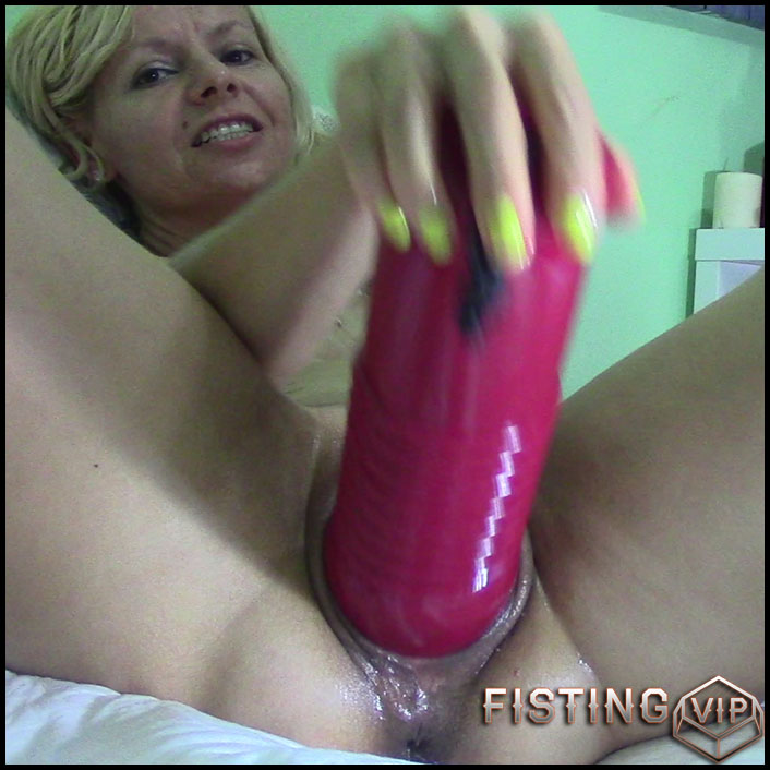Play pussy - RaisaWetsX - Full HD-1080p, colossal dildo, dildo anal, huge dildo, long dildo (Release June 22, 2017)