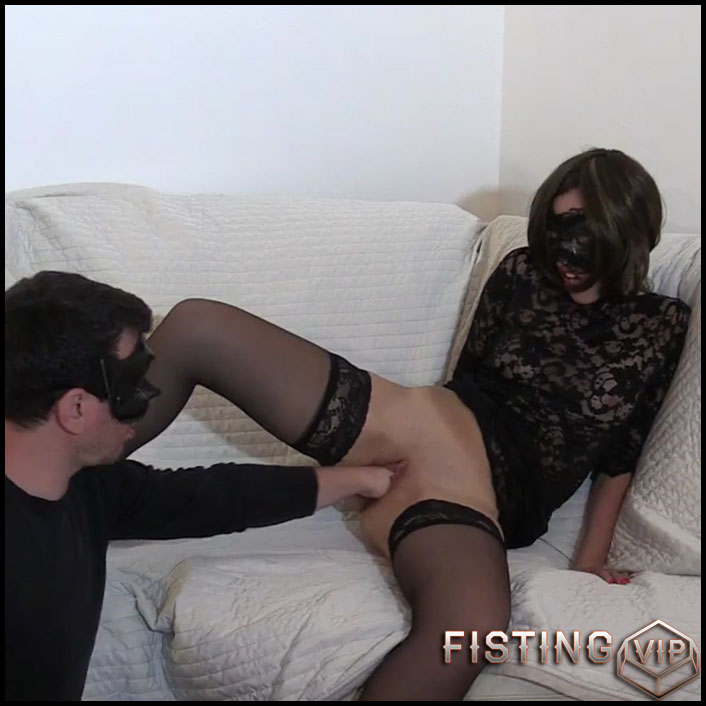 Amazing amaeur double fisting sex with masked couple - double fisting, double penetration, fisting herself (Release July 17, 2017)