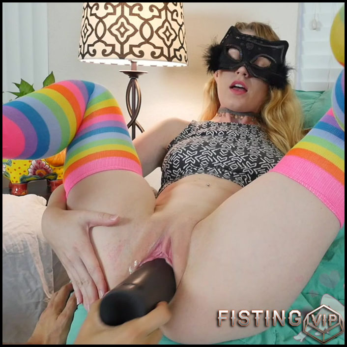 Birthing new dog toy LOL and Yummy Fisting Orgasm - Goldilocks - HD-720p, hardcore fisting, monster dildo, big pussy fisting (Release July 3, 2017)