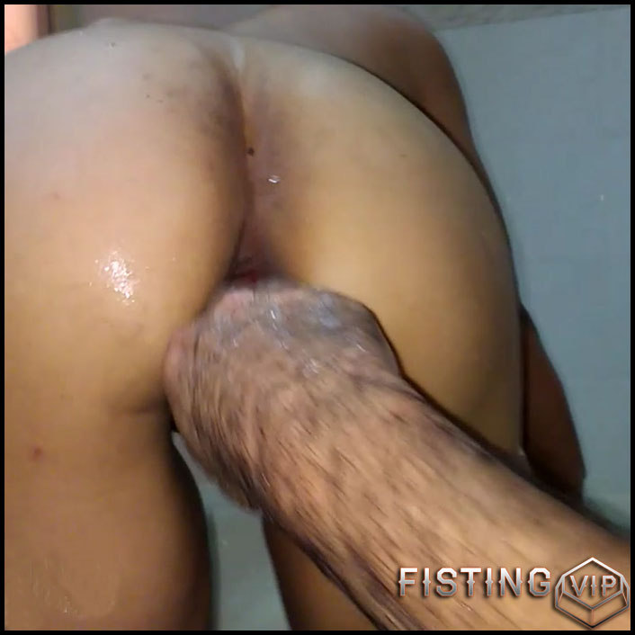 Champagne bottle and anal fisting fuck - HD-720p, extreme fisting, Bottle, big pussy fisting (Release July 5, 2017)1