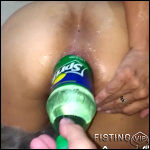 Champagne bottle and anal fisting fuck – HD-720p, extreme fisting, Bottle, big pussy fisting (Release July 5, 2017)