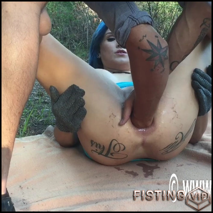 Lilys public anal destruction - HD-720p, dildo anal, extreme fisting, anal video (Release July 28, 2017)1