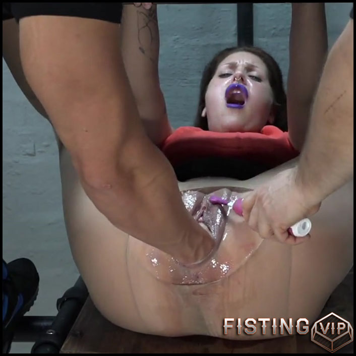 Fisting until the pussy is burning with AmateureXtreme - Full HD-1080p, extreme fisting, hardcore fisting (Release August 26, 2017)