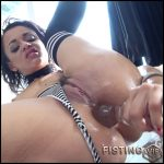 Holly Hendrix fully penetration dildo in her stretching anus – HD-720p, dildo anal, huge dildo, anal (Release August 20, 2017)