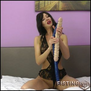 Just another 69cm deep anal insertion – Hotkinkyjo – Full HD-1080p, colossal dildo, dildo anal, long dildo (Release August 20, 2017)