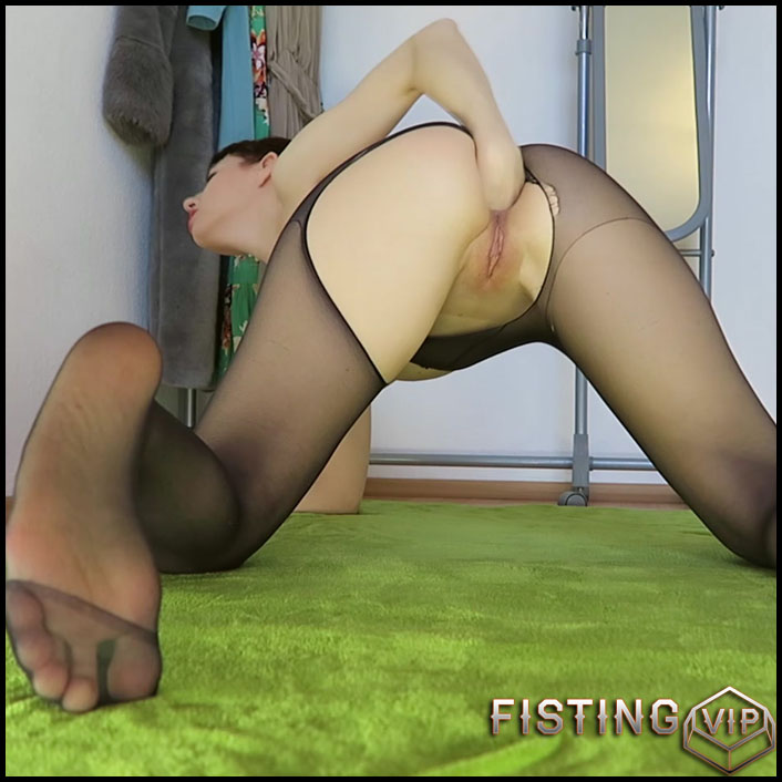 Rainbow horse fucking, fisting - Mylene - Full HD-1080p, dildo anal, solo fisting, Toys (Release August 19, 2017)1