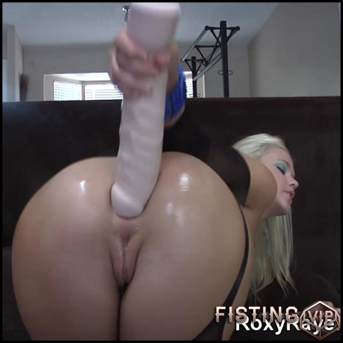 RoxyRaye amazing penetration more monster dildos in her ruined anus - Full HD-1080p, huge dildo, monster dildo (Release August 11, 2017)2