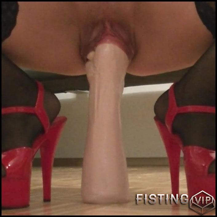 German brunette big dildo rides and peeing porn closeup - Full HD-1080p, huge dildo, long dildo, webcam (Release September 16, 2017)