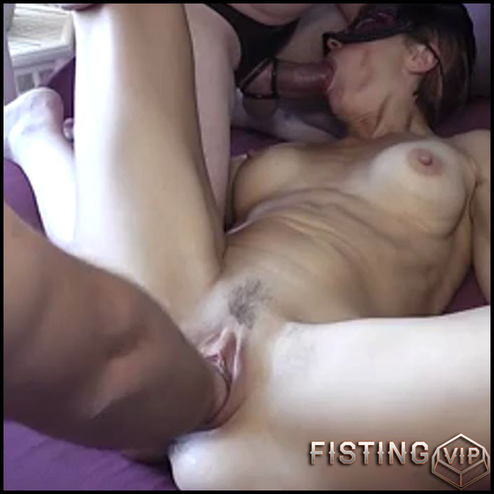 Perverted busty mature homemade deep anal and vaginal fisting sex - pussy fisting, anal fisting, amateur fisting (Release September 28, 2017)