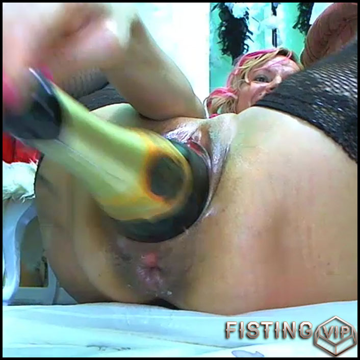 Bottle fisting 09