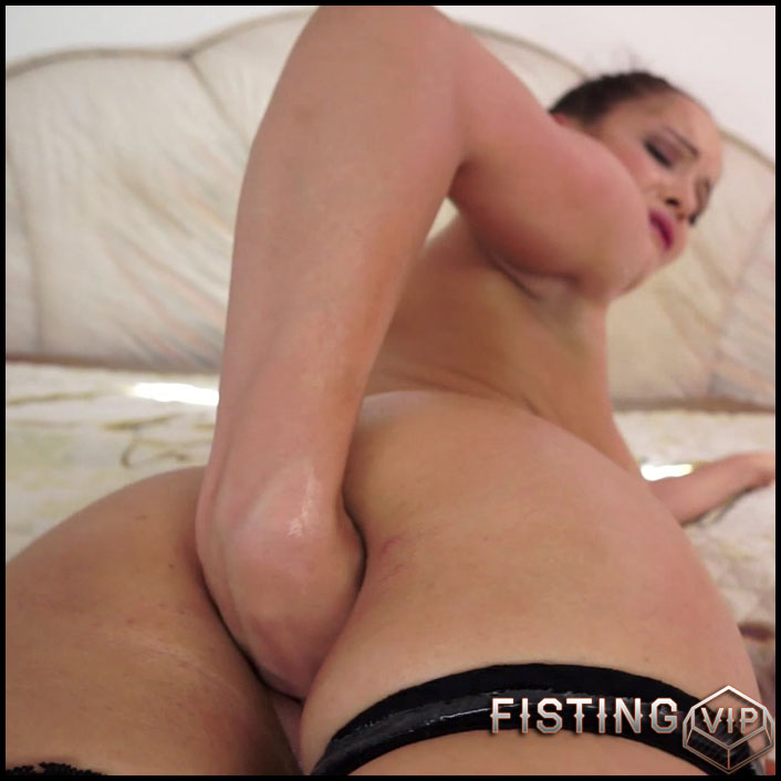 Solo Fistingwith Dolly - Full HD-1080p, solo fisting, extreme pussy fisting (Release September 7, 2017)4