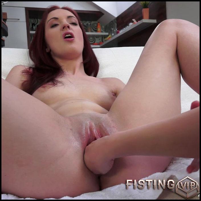 Teaching Iris Amore - Full HD-1080p, lesbian anal fisting, lesbian fisting sex (Release September 12, 2017)