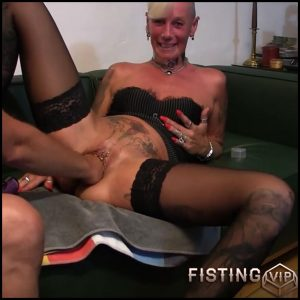 USER PUSSY FIST MIT DIRTY TALK with lady-isabell – Full HD-1080p, extreme fisting, hardcore fisting (Release September 15, 2017)