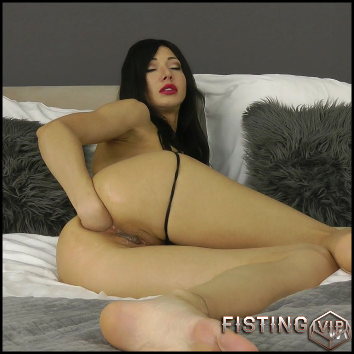 Hotkinkyjo - Sexy suit and white dong in the ass - Full HD-1080p, huge dildo, monster dildo, dildo anal (Release October 22, 2017)