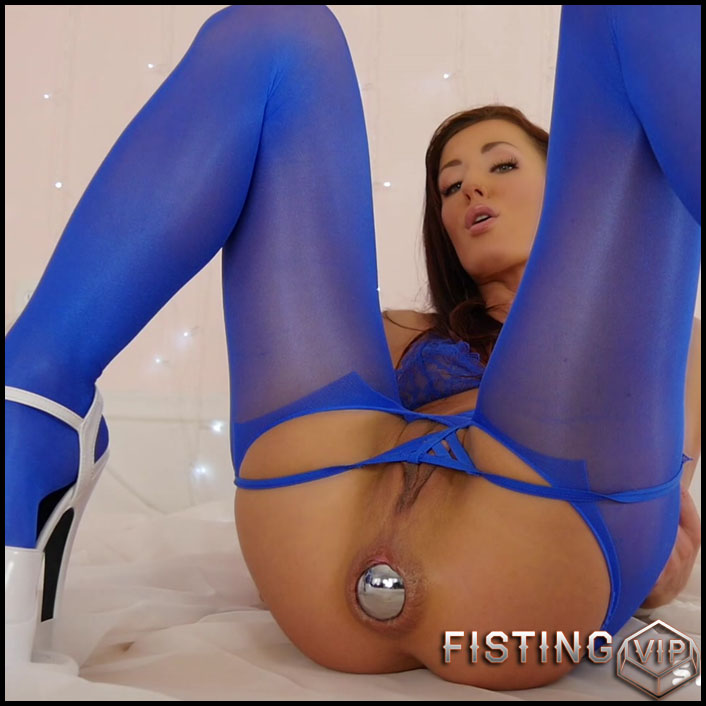 Action clip pussy roberts tawny