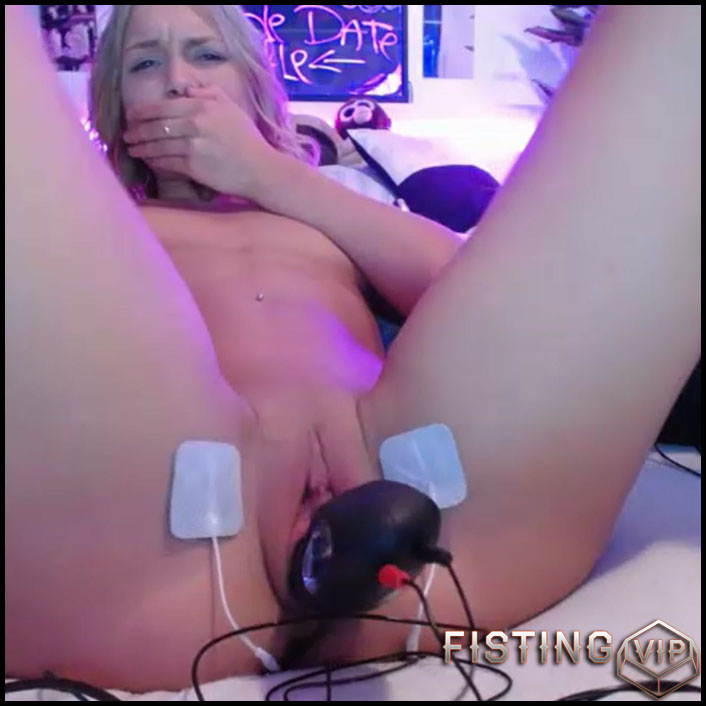 Siswet19 solo electro stimulation and bbc dildo rides porn after - huge dildo, webcam, dildo anal (Release October 12, 2017)