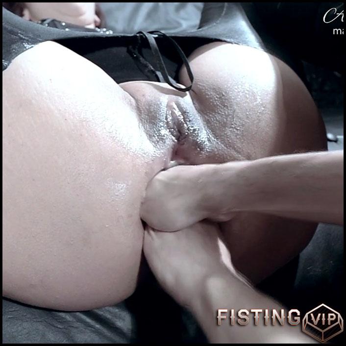 Video of iman having anal orgasm