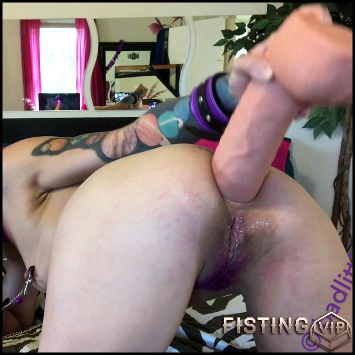 Badlittlegrrl bondage butt slut (monster dildo anal) - Full HD-1080p, colossal dildo, dildo anal, monster dildo (Release November 19, 2017)