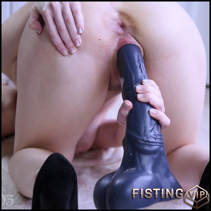 It......peeing too. big dildo penetrations