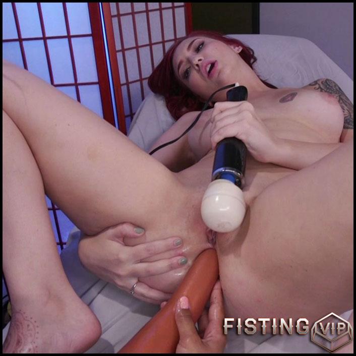 anal Amber fisting lesbian