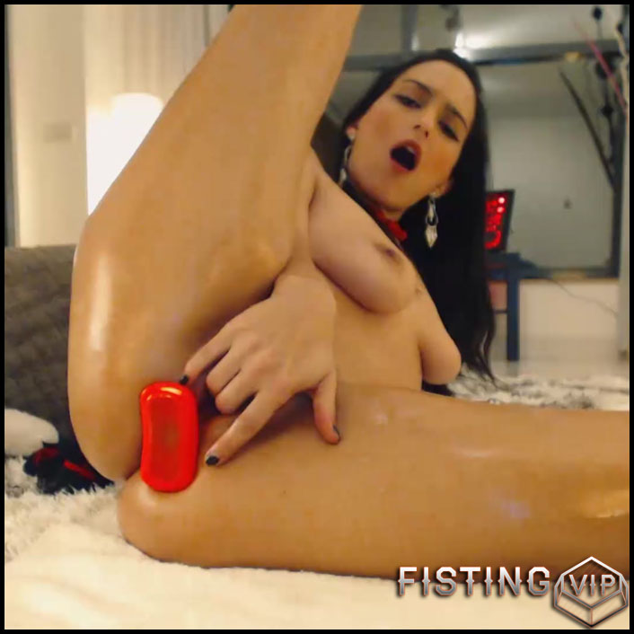 CrazyBella Anal Adventure 1 butt plug on tight anal solo webcam - Full HD-1080p, anal insertion, anal stretching, dildo anal (Release December 12, 2017)