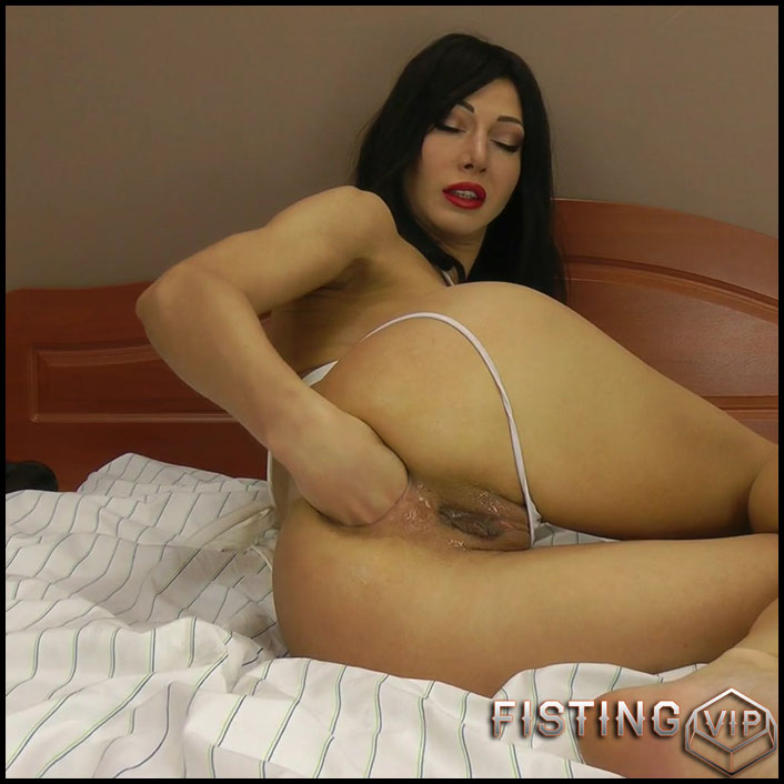 Hotkinkyjo BBC dildo fully anal - Full HD-1080p, solo fisting, dildo anal, fisting herself (Release December 20, 2017)