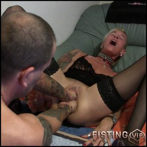 Lady-Isabell666 gets double fisted amateur – Full HD-1080p, amateur fisting, double fisting, double penetration (Release December 30, 2017)