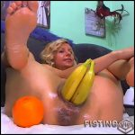 Sexy blonde double dildos and bananas penetration – RaisaWetsX – solo fisting, pussy fisting, vegetable porn (Release December 15, 2017)