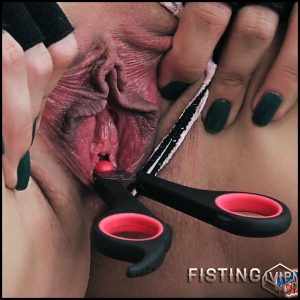 Sheena penetration sharp scissors in pussy – Argentina Naked – Full HD-1080p, pussy fisting, urethra fuck (Release December 14, 2017)
