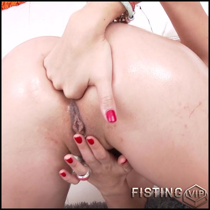 Sonya Durganova DAP porn to huge gape - HD-720p, dildo anal, huge dildo (Release December 17, 2017)
