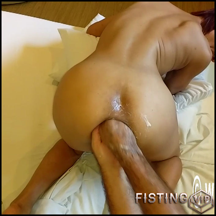 Fisted the Wife ass in