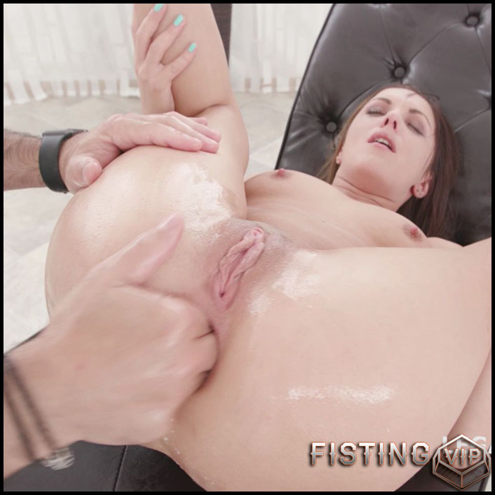 Dominica Phoenix anal rosebutt loose after vegetable porn - HD-720p, anal fisting, apple anal, ball anal (Release January 2, 2017)1