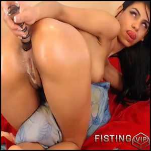 Huge dildo penetration in wet little anal gape -Sandrastarr – huge dildo, long dildo, webcam (Release January 25, 2017)