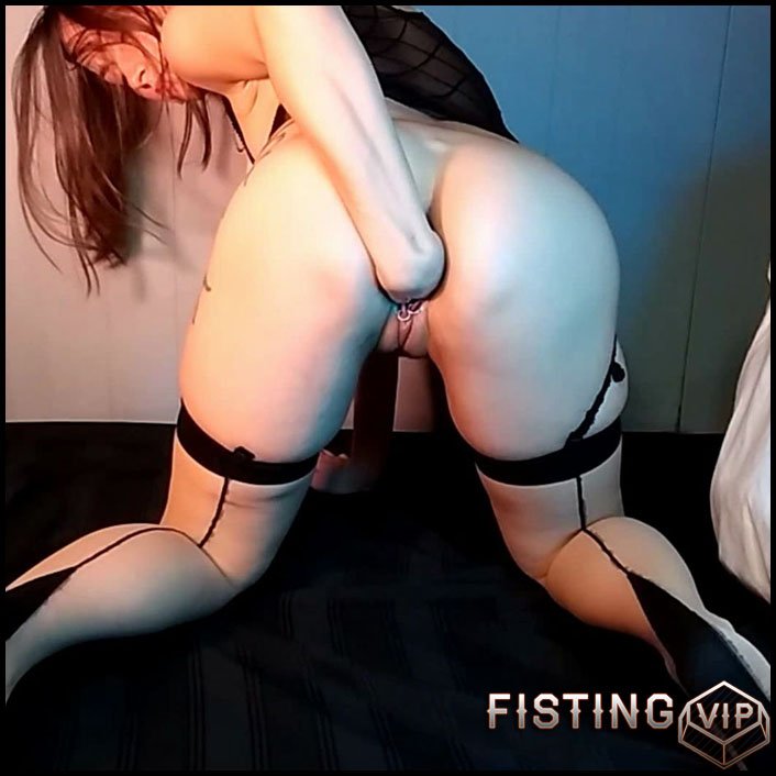 AdalynnX fisting big toys and whipcream fun - Full HD-1080p, monster dildo, pussy fisting, solo fisting (Release February 28, 2017)